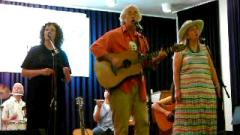 Peter Alsop sings out for Single Payer